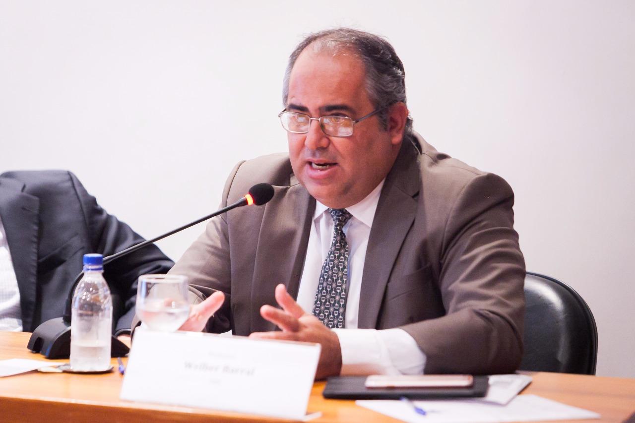 """Welber Barral participa do seminário """"O papel dos tribunais internacionais na regulação da economia internacional"""""""