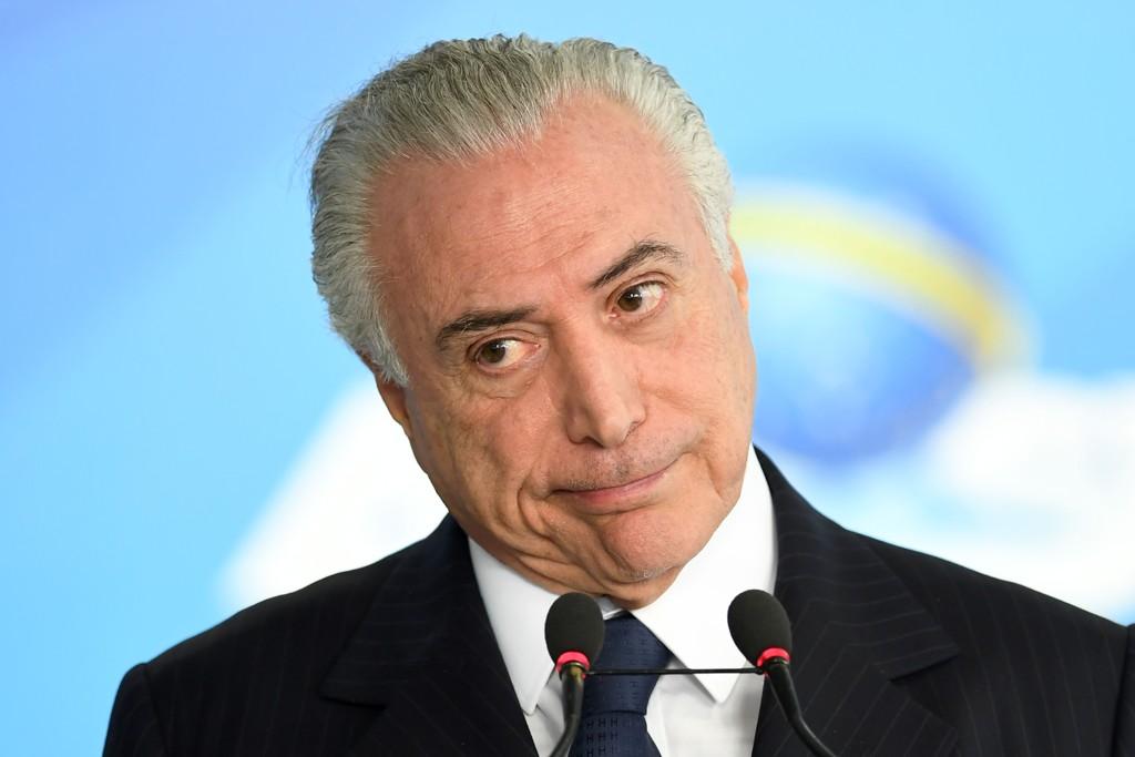 """Salvo da 2.ª denúncia, Temer vai buscar """"paz"""" em seu último ano de governo fora do Brasil"""