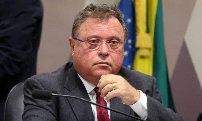 Governo espera impactos da guerra comercial entre EUA e China na indústria brasileira